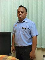 pic-guru-staff-mariswan